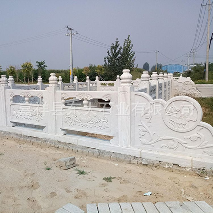 厂家可定制 汉白玉石雕栏板 户外庭院公园石栏板批发 石栏板价格