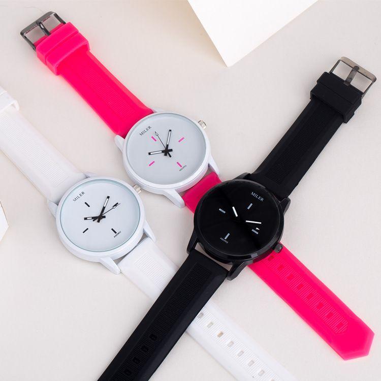 SMT爆款硅胶韩版韩版时尚潮流男女学生气质情侣果冻小清新手表