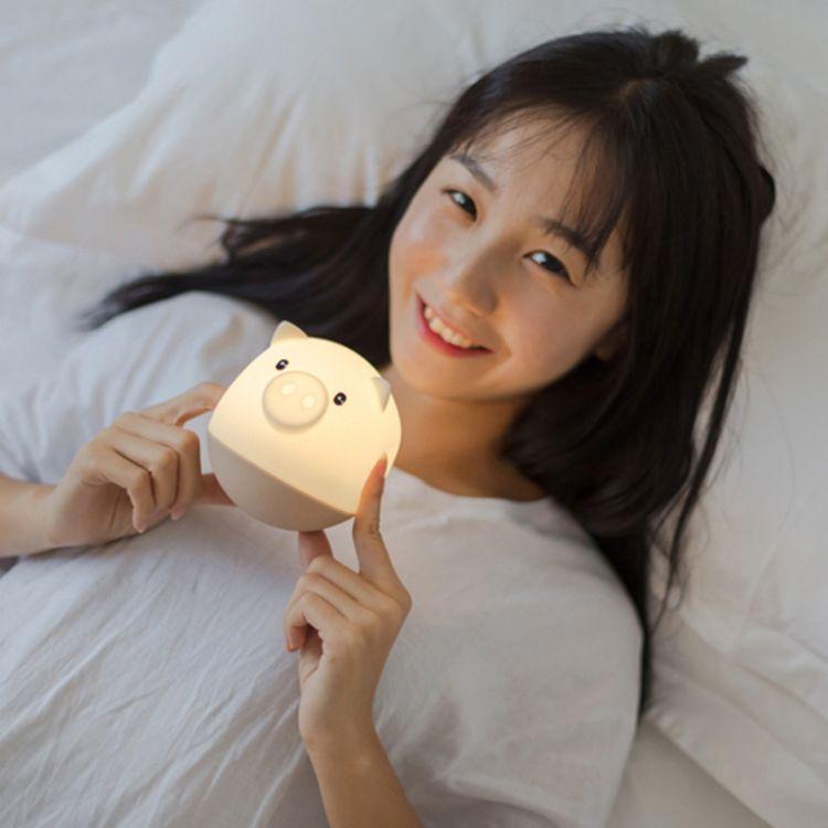 创意不倒翁捣蛋猪夜灯卧室床头氛围灯usb充电led小台灯拍拍硅胶灯