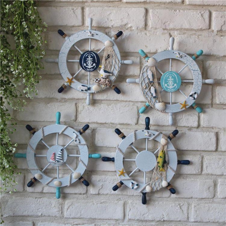 地中海装饰摆件挂饰裂纹外贸木制船舵舵手实木工艺品迷你小舵手
