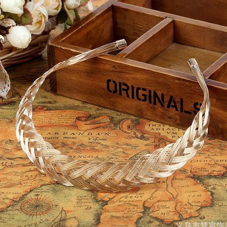 金属电镀项饰新款欧美时尚手工编织链条锁骨链百搭钛钢项圈