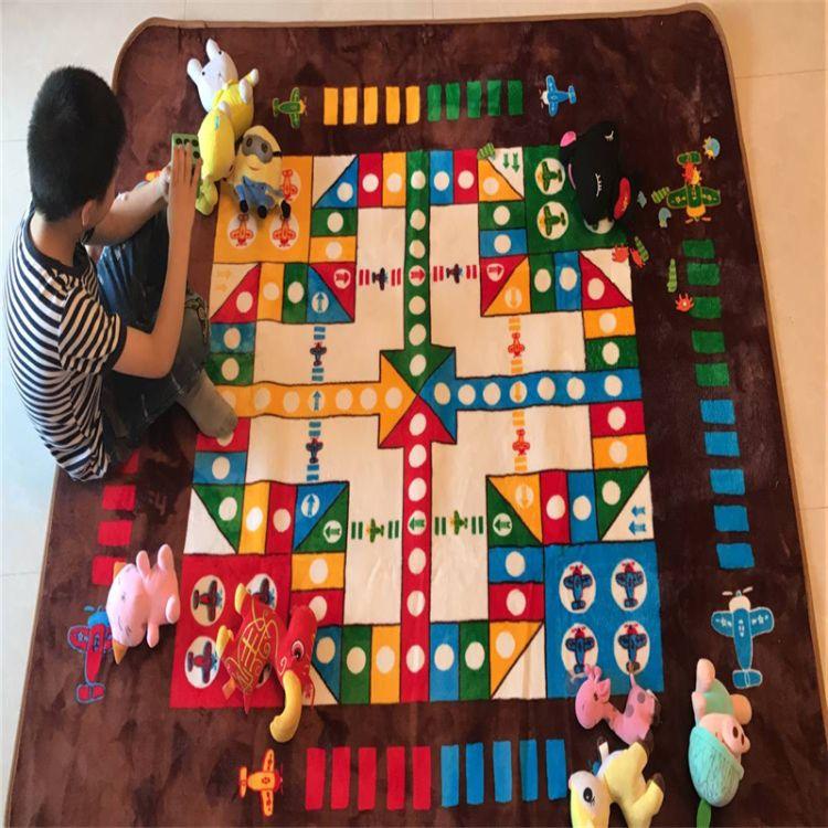 法兰绒飞行棋地毯儿童游戏爬行毯亲子地毯飞行棋地垫防滑户外毯垫