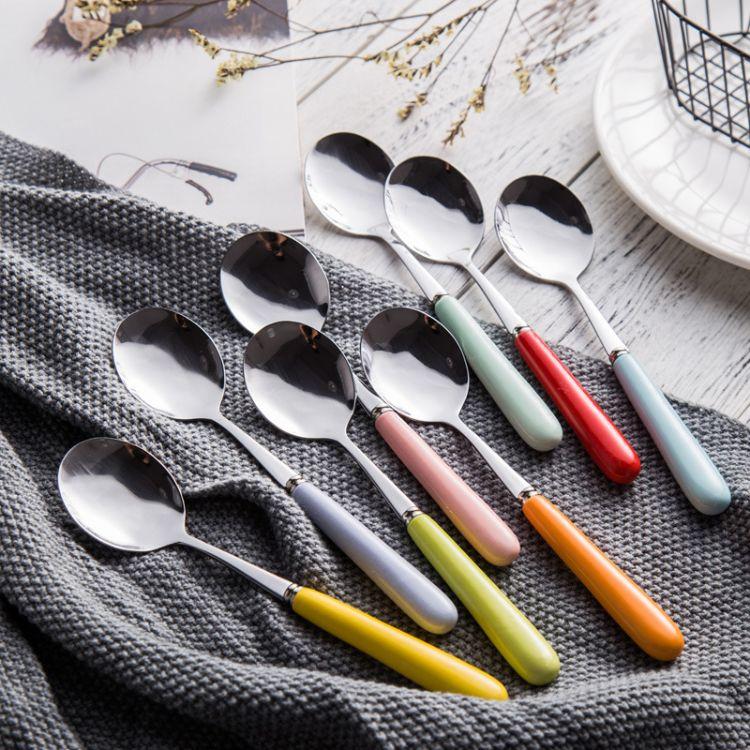 厂家直销陶瓷柄不锈钢饭勺西瓜勺冰激凌勺 创意不锈钢圆勺