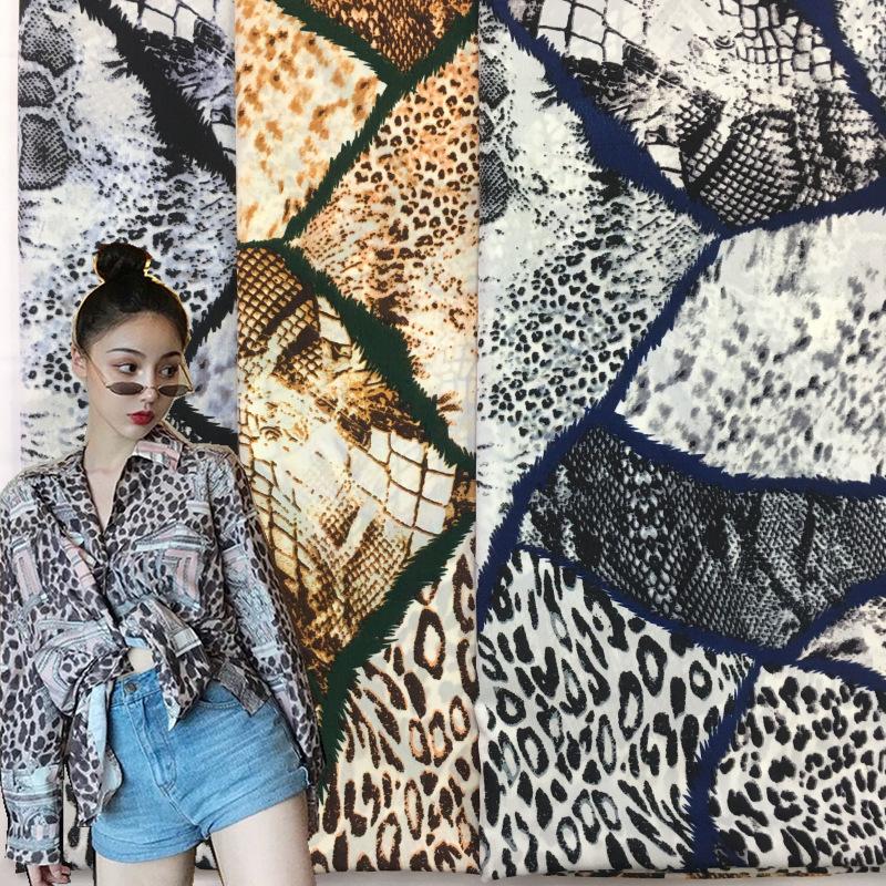 新款蛇皮纹弹力花瑶绉印花面料 蛇纹印花面料 时装连衣裙衬衫面料