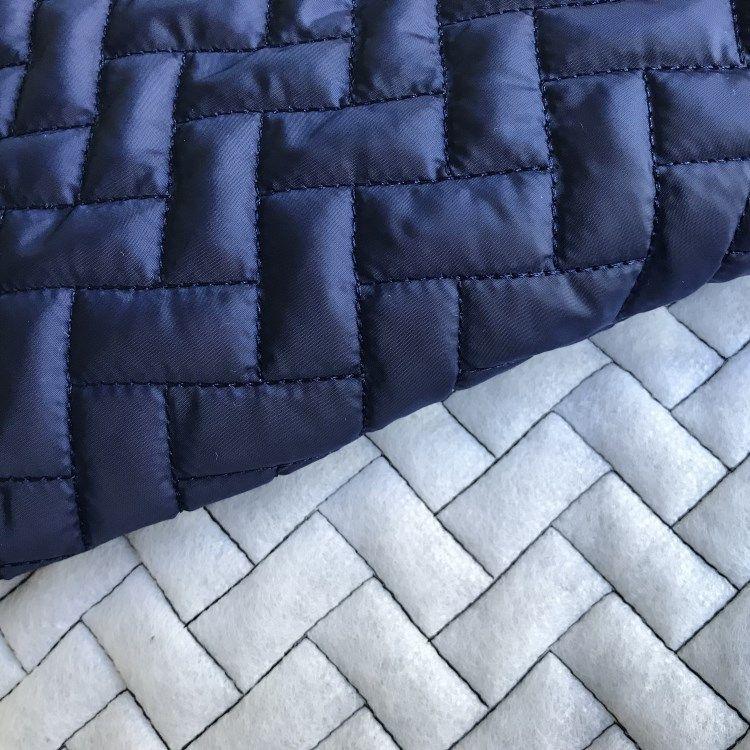 厂家直销绗绣绗缝面料 棉服夹棉布羽绒服面料 复合面料加工定制