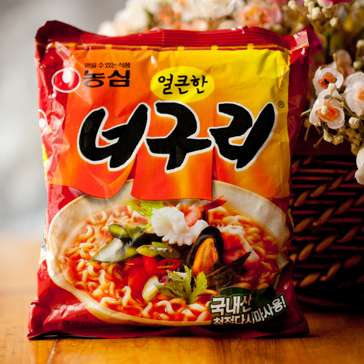 韩国食品批发农心小浣熊乌龙面辣味面方便面120克*40袋(0017*40)