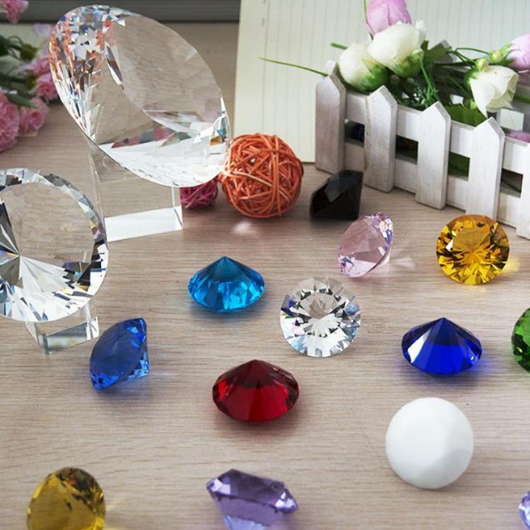 厂家直销透明机磨水晶钻石玻璃钻石家居摆件装饰配件批发20-200M
