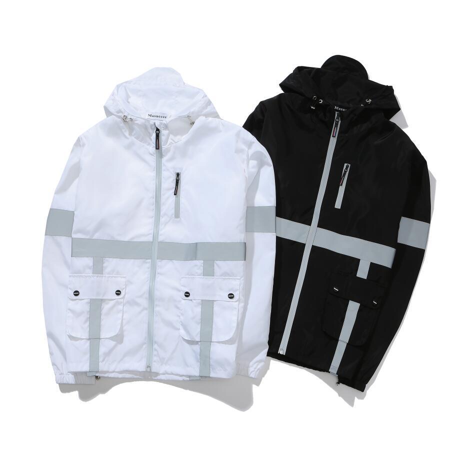 品牌Museccee设计反光连帽夹克夜跑训练休闲外套情侣款户外冲锋衣