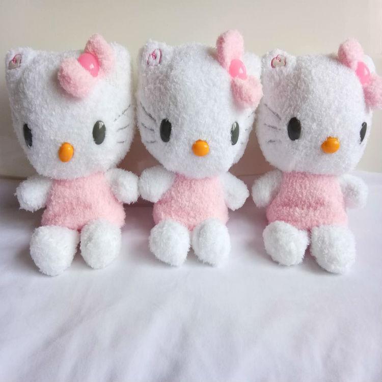 厂家直销8寸精品卷毛绒Hello KittyKT猫抓娃娃机毛绒公仔毛绒玩具