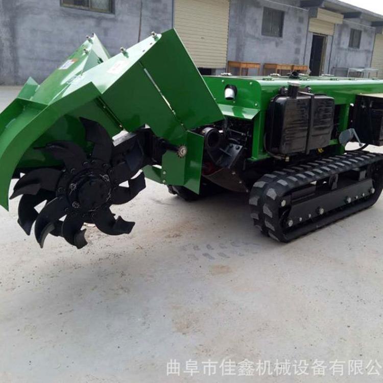 柴油35马力果园施肥机 自走式开沟机视频 履带旋耕锄草一体机