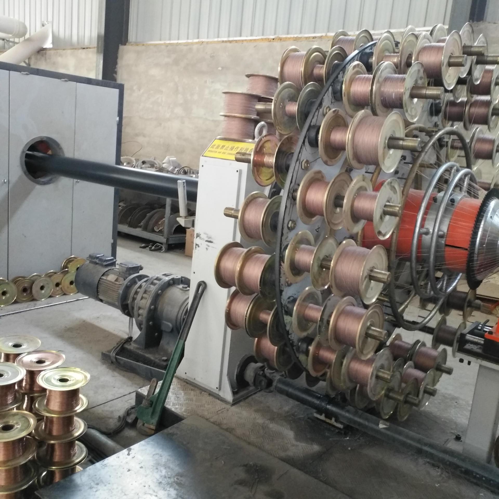 钢丝网骨架管厂家 钢丝网骨架缠绕管 聚乙烯钢丝网骨架给水管