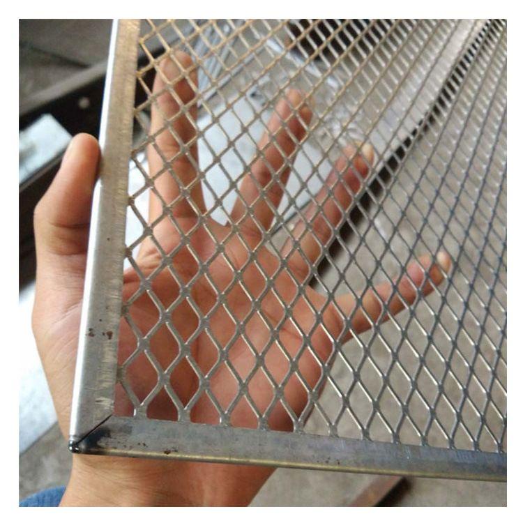 出风口防护金属网 金属板包边防护网 包边防护铁丝网 货架支撑网
