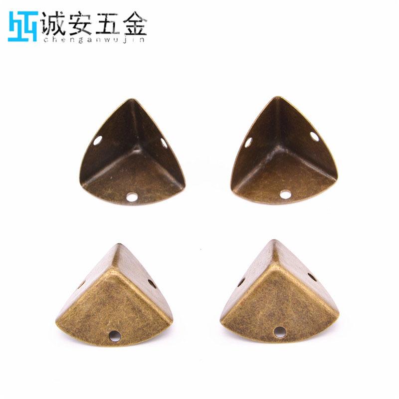 厂家直销  五金包角  金属包角  合金护角  合金包角  箱包配件