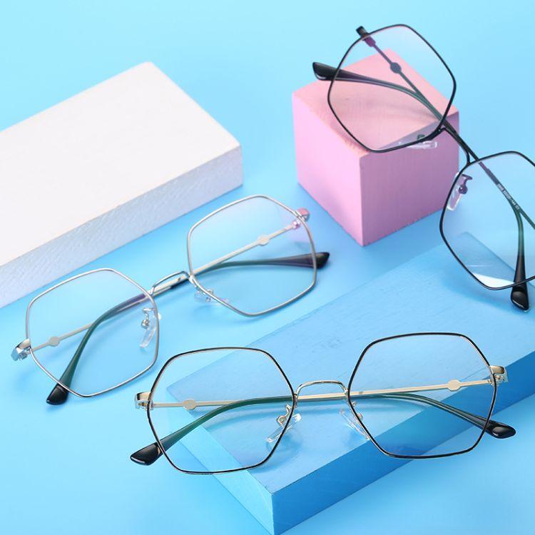 新款潮流多邊形蝶形平光鏡超輕金屬眼鏡架開球可配近視眼鏡66029