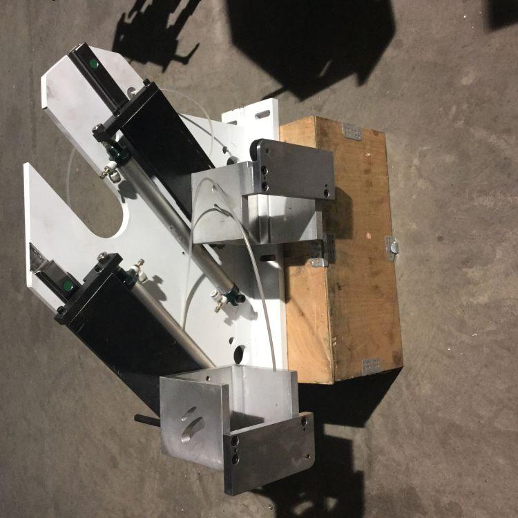 青岛厂家直销木工机械 木工全自动封边机 配件装置改装齐头装置