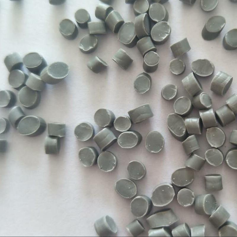 PVC塑料颗粒 软质再生PVC颗粒 挤出压延料 打版样品
