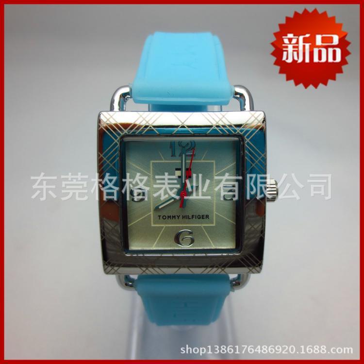 韩版时尚硅胶女士手表 简约格子带刻度女手表批发 礼品手表