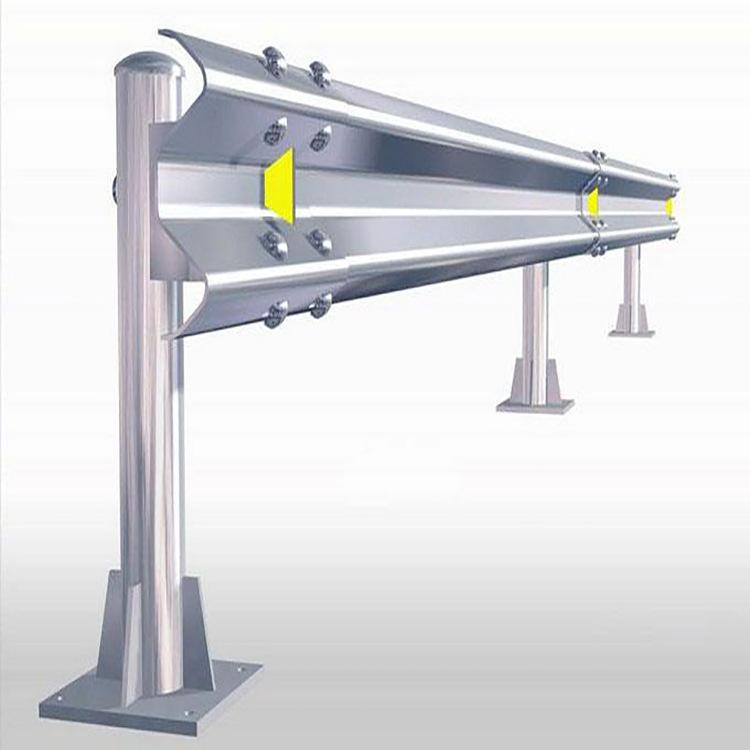 波形护栏板Gr-B-2E高速喷塑波形梁护栏板公路高速防撞波形护栏板