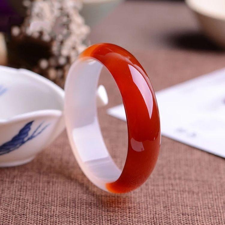 厂家直销红白玛瑙手镯半红半白细条玉髓手镯  天然正品女款玉镯