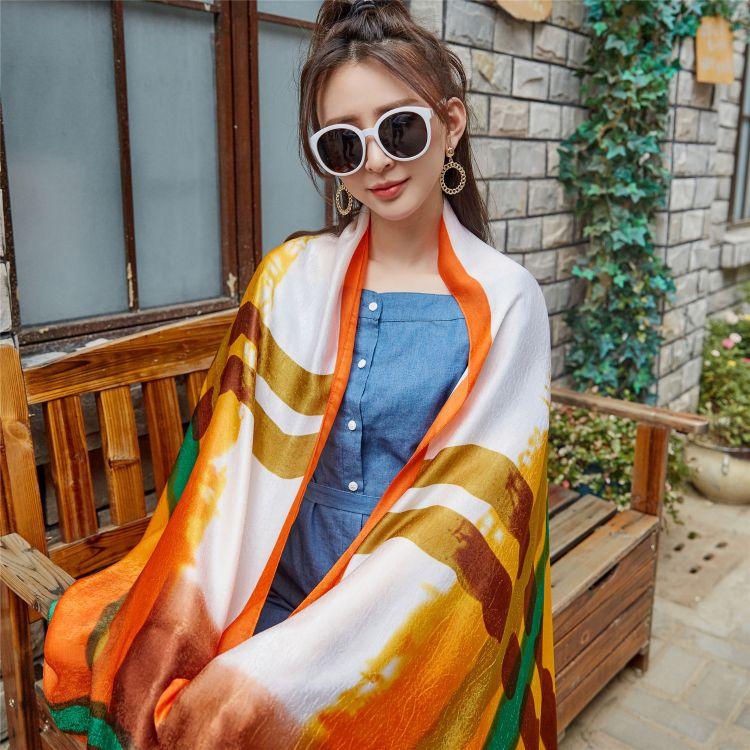 新款高檔柔軟羊仿絲絨印花圍巾 定制空調披肩遮陽裝飾女式圍巾
