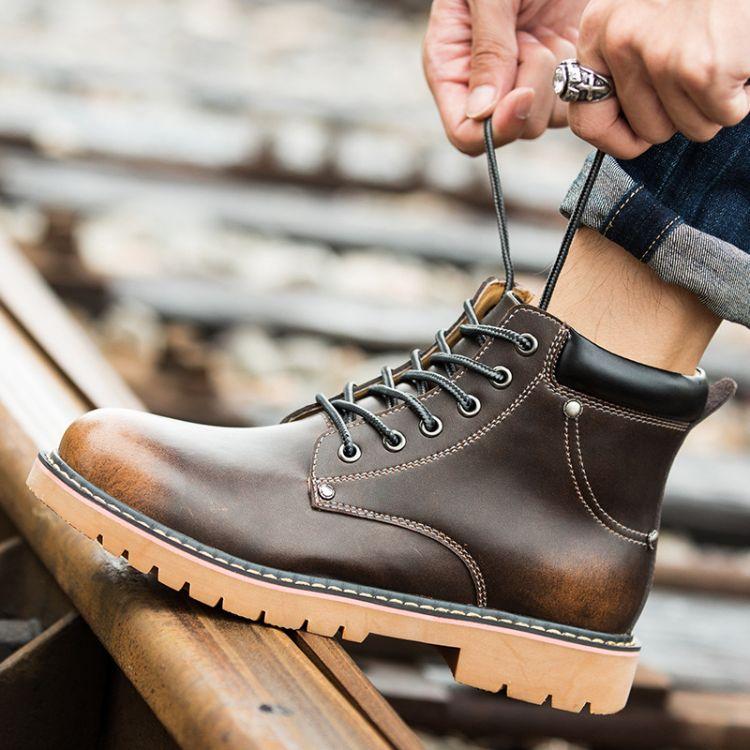 马丁靴男英伦真皮中帮棉鞋沙漠工装男鞋潮男靴子新款军靴高帮秋季