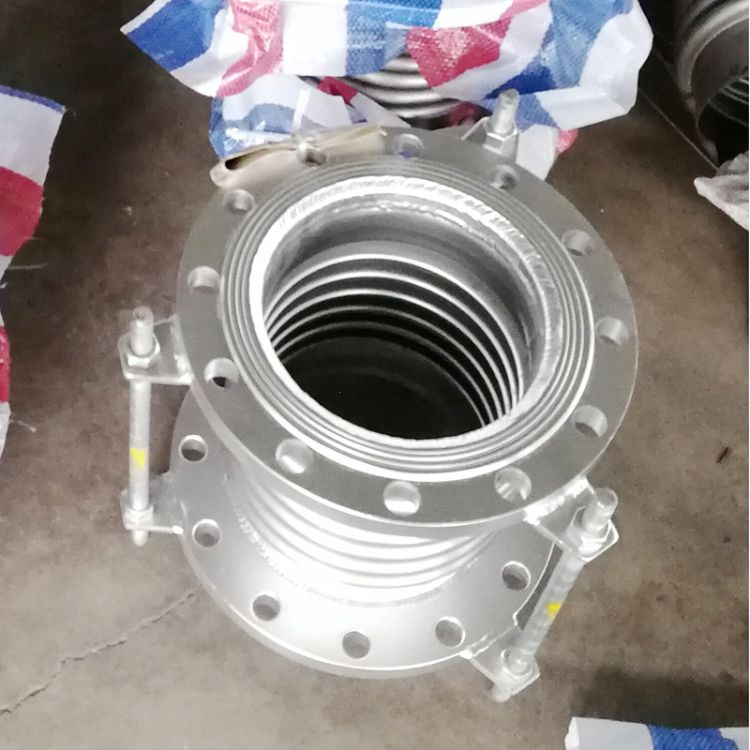 厂家专业定制金属补偿器 衬四氟高温型大拉杆膨胀节 金属膨胀节