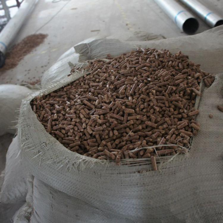 木颗粒燃料 菏泽厂家直销 环保颗粒 生物质颗粒 木屑颗粒