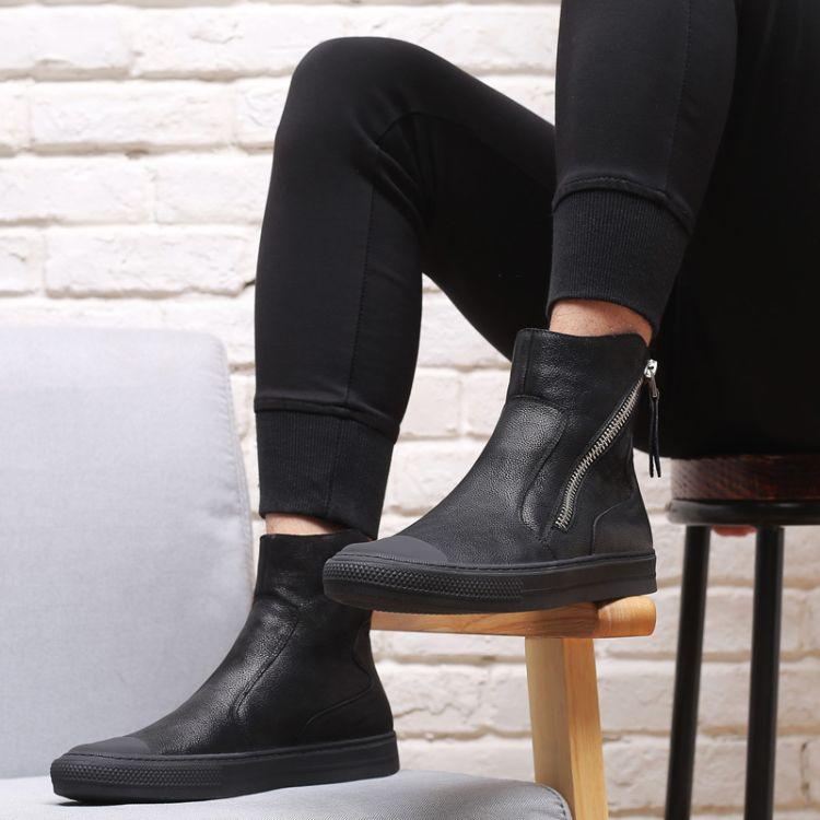 秋冬马丁靴男复古中帮工装潮男靴子高帮短靴休闲黑色皮靴一件代发
