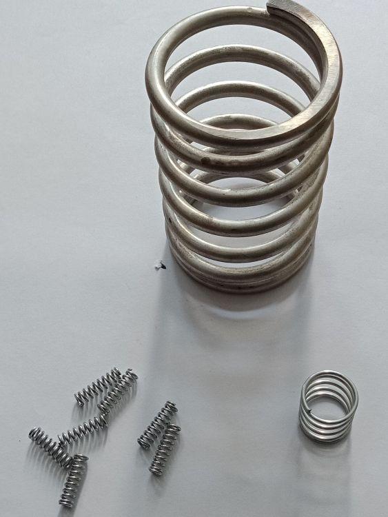 五金弹簧批发 圆柱螺旋不锈钢耐用压缩弹簧 厂家直销拉伸弹簧定制