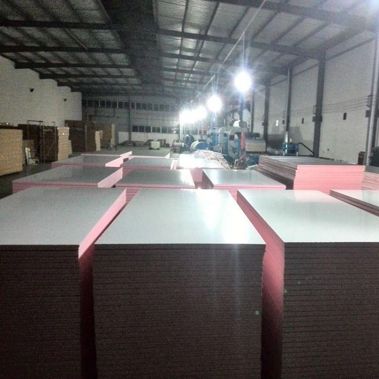 保温隔热管 酚醛彩钢板双面泡沫风管彩钢板 酚醛树脂保温板风管