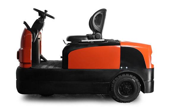 中力QDD60 6.0吨座驾式电动牵引车/仓储货物搬运电动拖挂车
