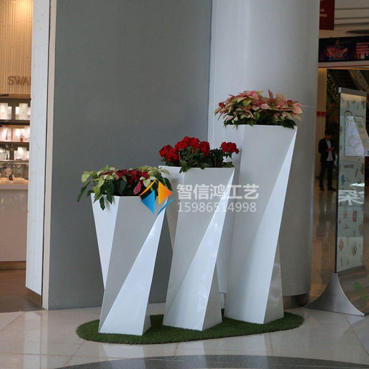 现代时尚菱形艺术花盆 玻璃钢花瓶定制 商场装饰摆件小品雕塑定制