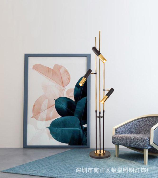 后现代设计师样板房灯具简约北欧创意高档金属水管客厅别墅落地灯