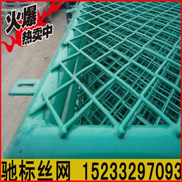 河北厂家 钢板护栏网 框架护栏网 高速公路护栏网