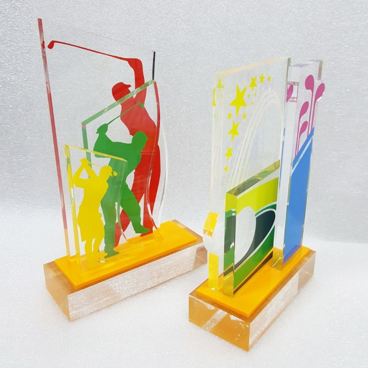 厂家定做有机玻璃奖牌 奖杯 亚克力奖杯 有机玻璃奖杯