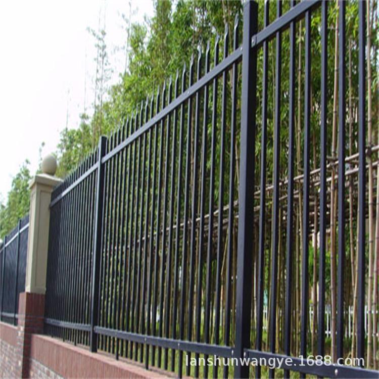 锌钢护栏网厂家直销19*19锌钢护栏网 锌钢护栏网价格 锌钢栅栏