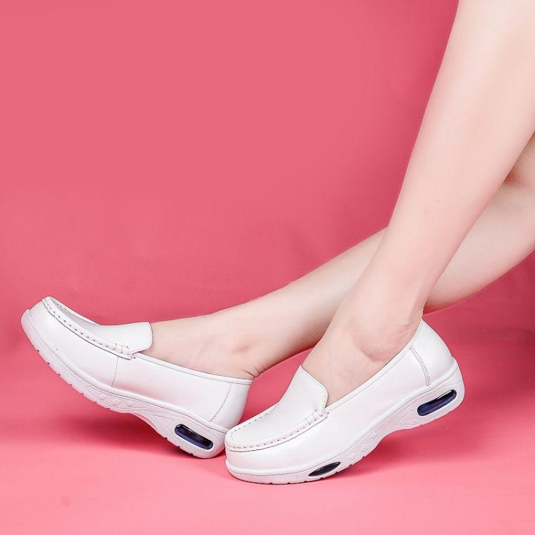 护士鞋 女冬季日春坡跟圆头软底气垫不臭脚单鞋透气防臭厚底防滑