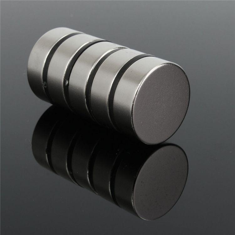 厂家直销磁柱 铁氧体铁块 软磁铁条 磁性纽扣 气缸磁环 强磁磁扣