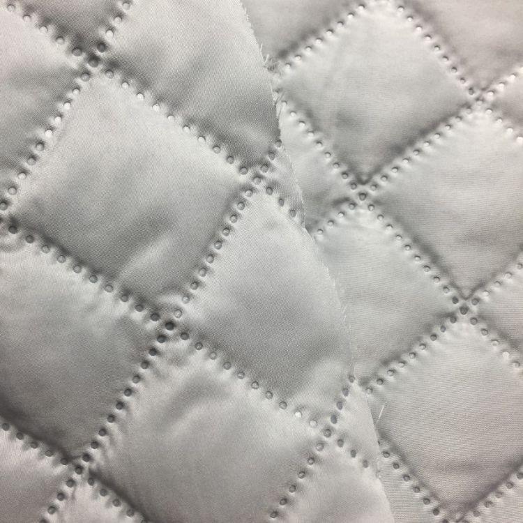 300T春亚纺绗棉 50D涤塔夫 电脑绗缝绣花面料 全涤纶外套服装面料