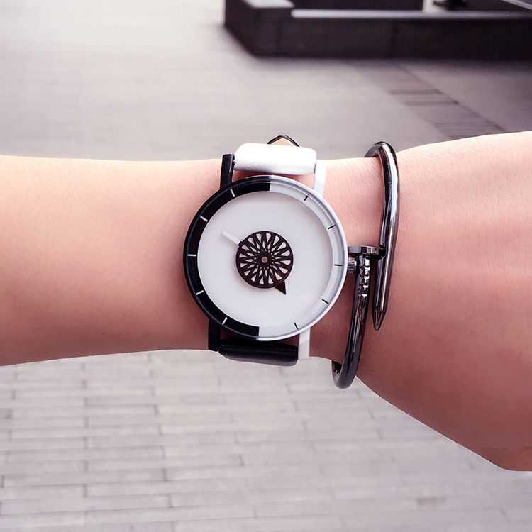 韩版时尚潮流中性手表原宿风网红爆款糖果色男女学生情侣手表一对