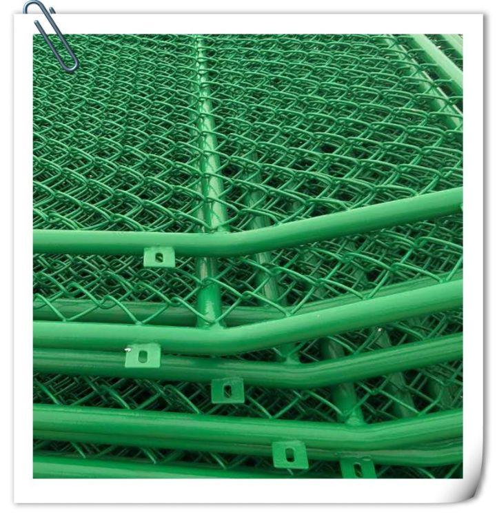专业定制厂家 篮球场组合式围网 体育场隔离网 PVC球场护栏