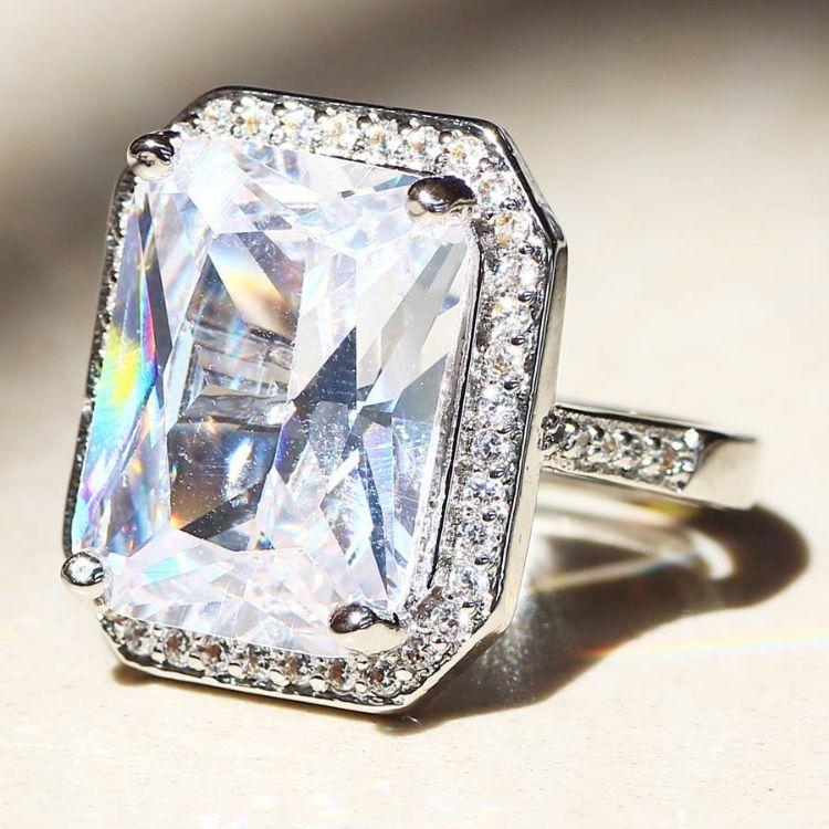 R543速卖通指环华丽的925纯银皇冠天然宝石巨大的白色蓝宝石戒指