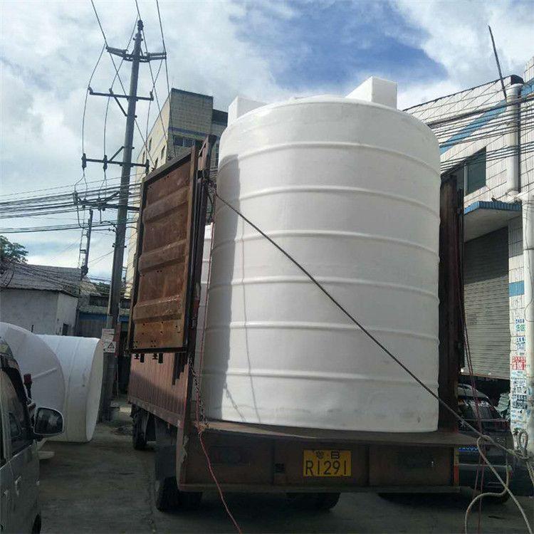 供应惠州 5吨立式塑胶水塔 滚塑塑料大桶 圆桶