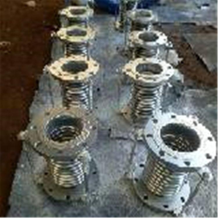 套筒补偿器膨胀节现货 国标碳钢横向型金属波纹补偿器 定制标准
