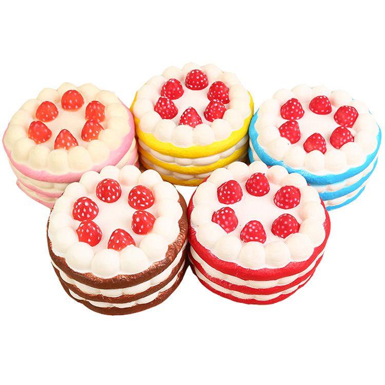 厂家直销squishy仿真三层蛋糕 PU慢回弹草莓蛋糕创意生日蛋糕模型