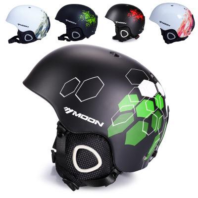 MOON滑雪头盔雪地安全头盔滑雪护具运动装备护头一体成型跨境专供