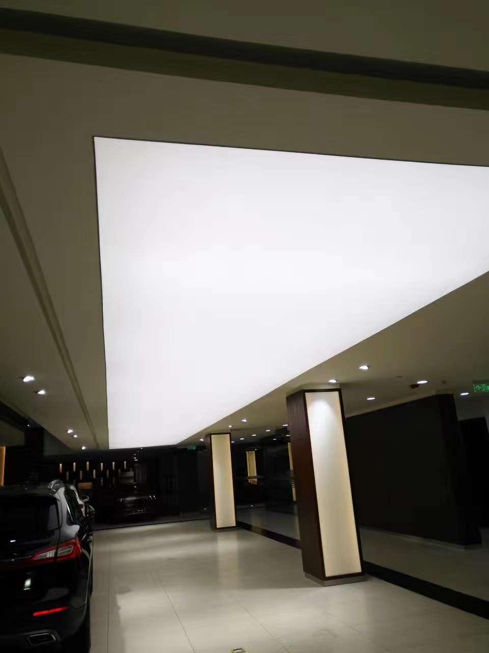 广东厂家直销 B1级防火吊顶灯箱软膜天花 白色透光膜喷绘加工批发