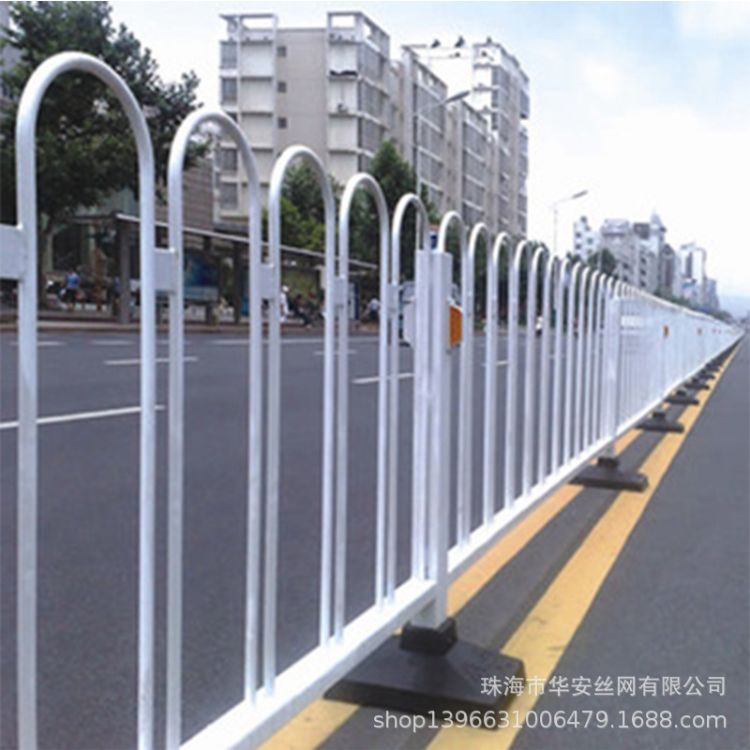 U型折弯道路京式护栏珠海圆管焊接京式护栏交通隔离护栏竹节护栏