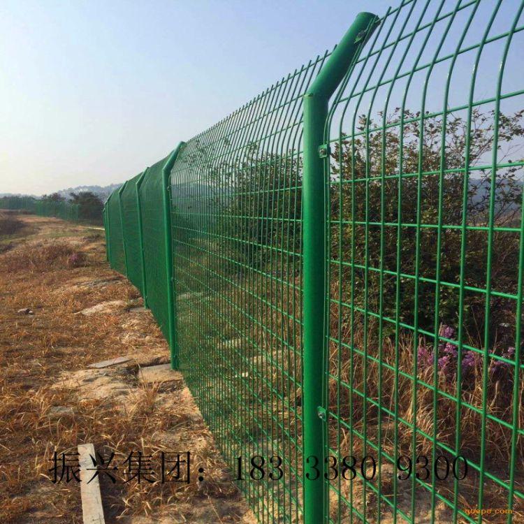 【恒富】道路隔离双边丝护栏网 草绿色铁丝网围栏