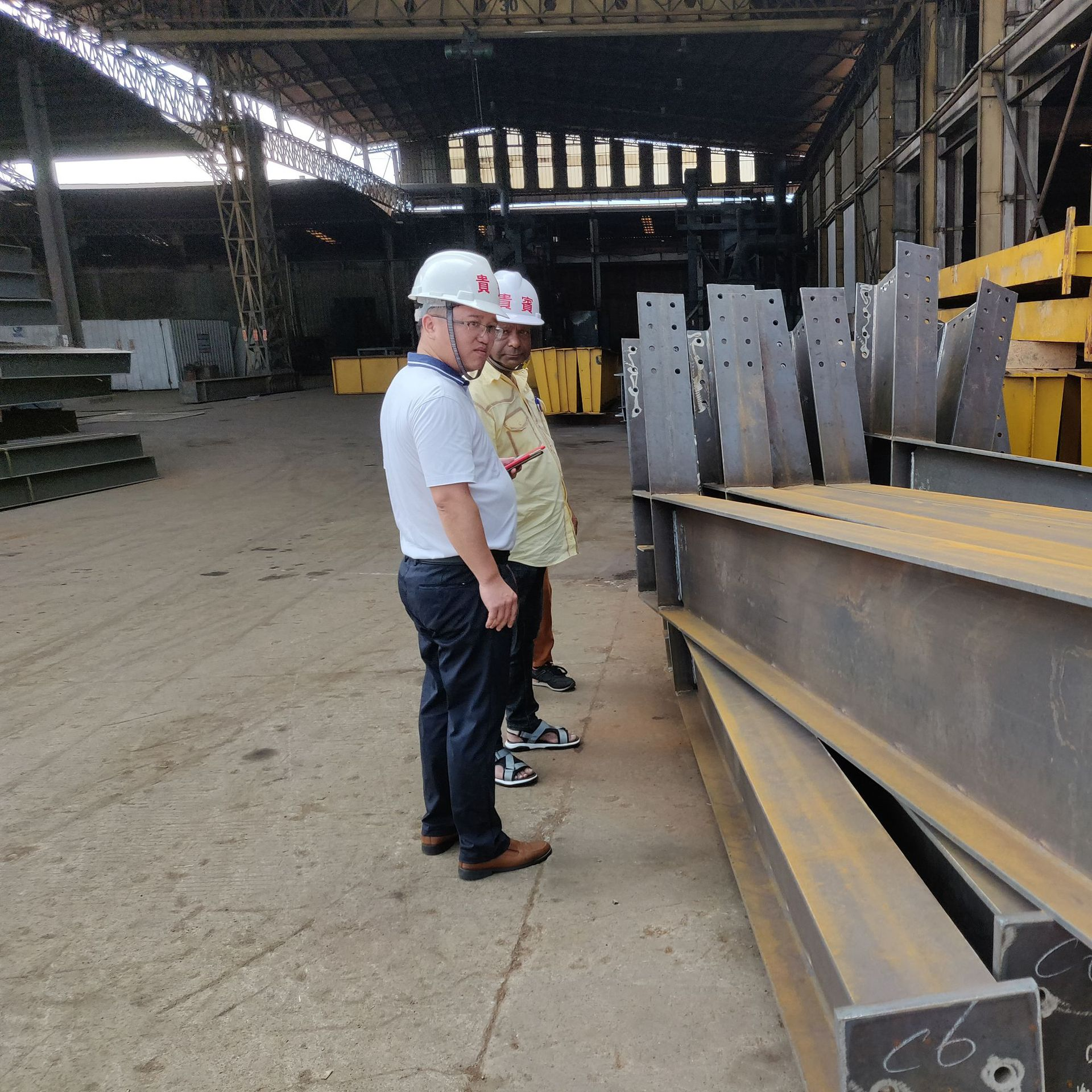 出口钢结构车间承接 宏冶钢构报价-设计-制作-安装一站式服务